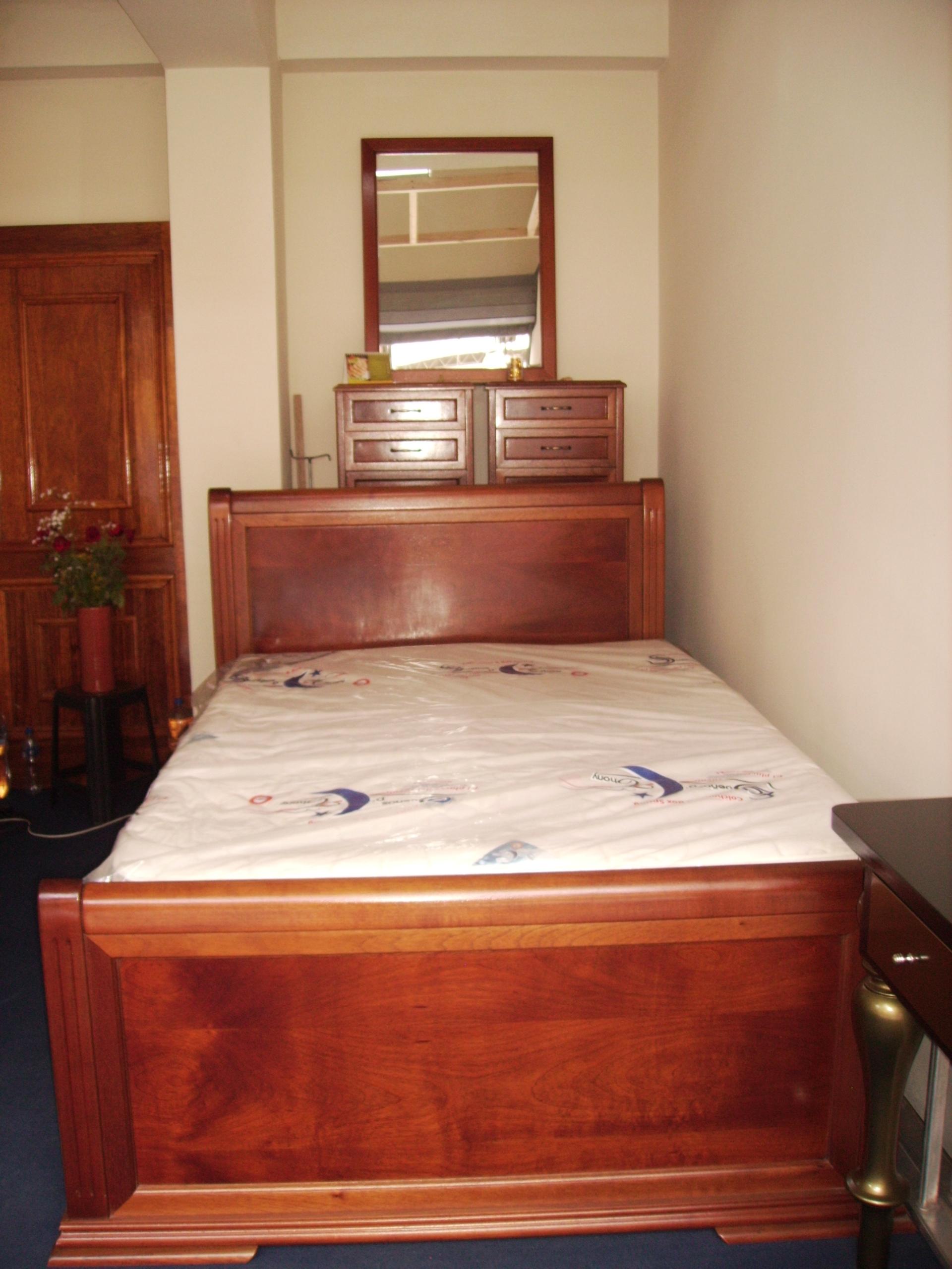 Juego de dormitorio de 2 plazas en madera de cedro - Dormitorio de madera ...