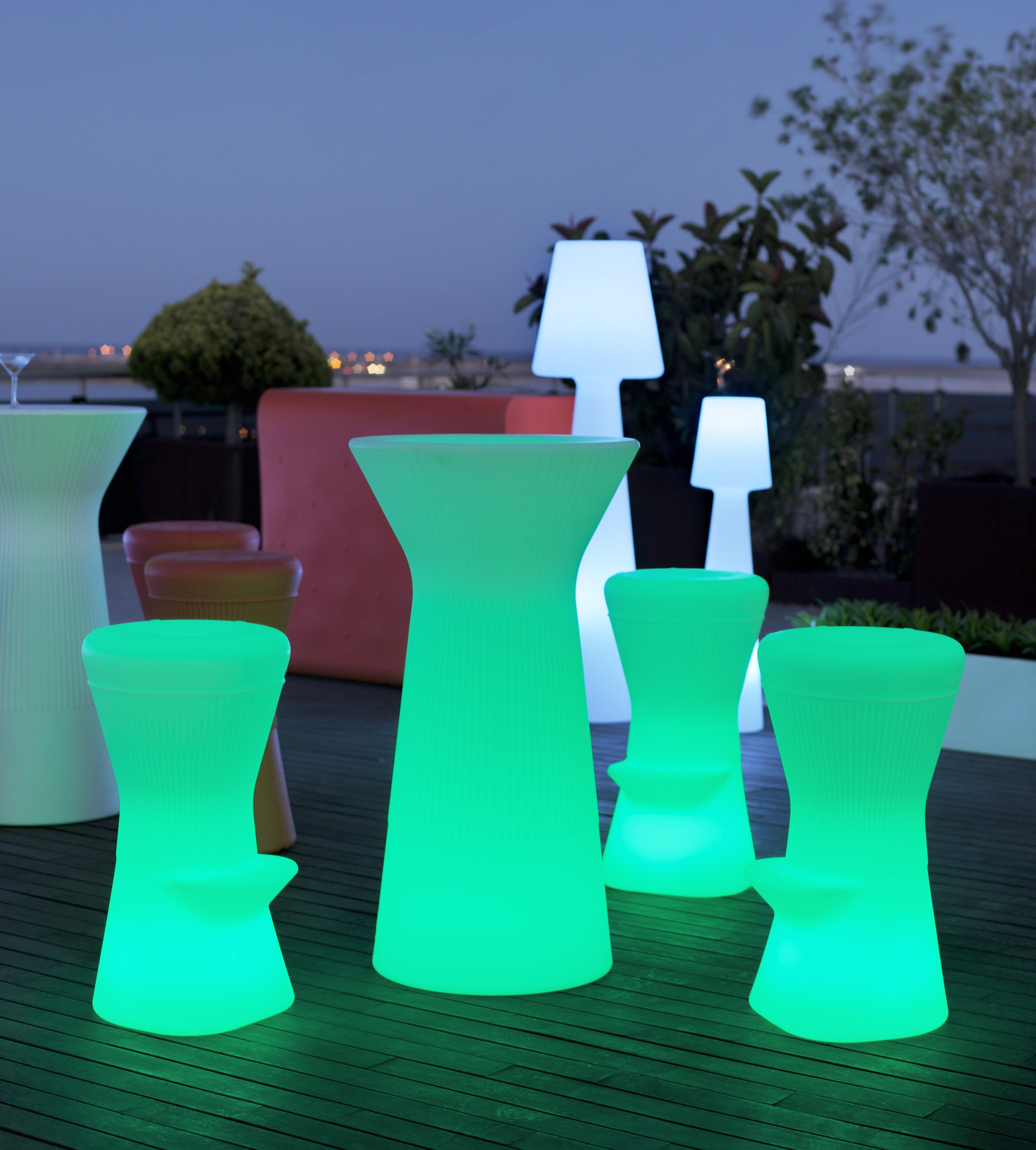 Salas lounge y muebles led - Muebles de salon con luz led ...